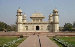 Itmad Ud Daulah, Agra